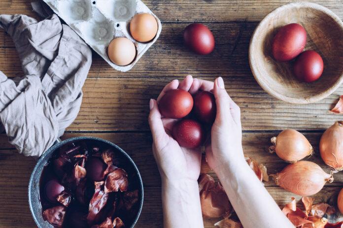 Τα πασχαλινά κόκκινα αυγά