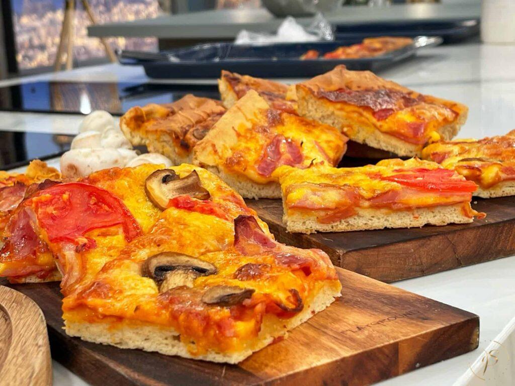 ΄σπιτική πίτσα ταψιού
