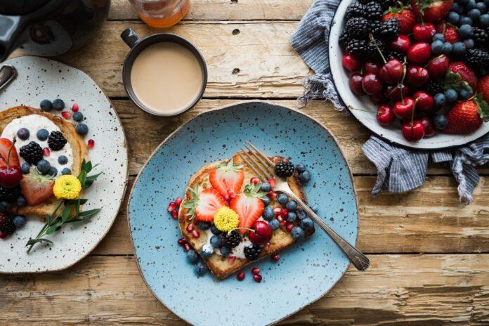 Εύκολο και γρήγορο πρωινό με τις πιο λαχταριστές ιδέες