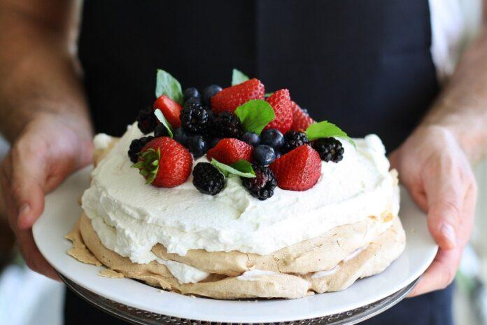 Οι εύκολες και γρήγορες συνταγές για γλυκά για τις ξαφνικές επισκέψεις